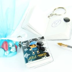 Sujet dragées mini Livre Pirate - Porte clés